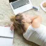 5 chás para dormir que vão melhorar a sua insônia